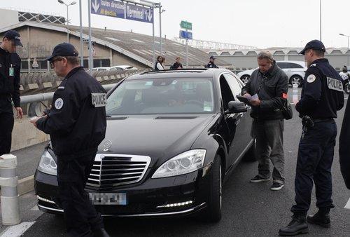 La Police Fait Chasse Aux Transporteurs Clandestins Carte De Visite VTC Chauffeur